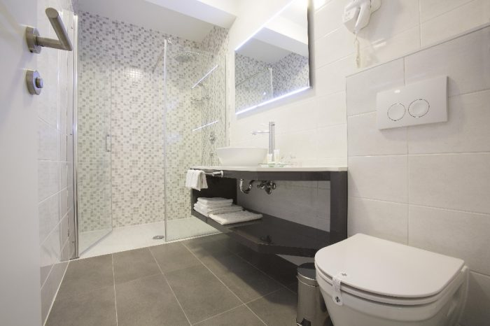 Superior Room Bathroom Intermezzo Hotels in Pag