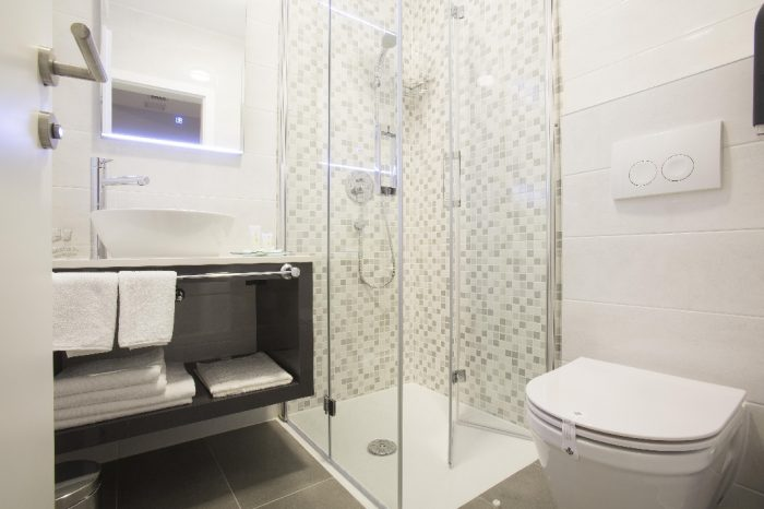 Deluxe Room with Balcony bathroom Intermezzo Hotels in Pag