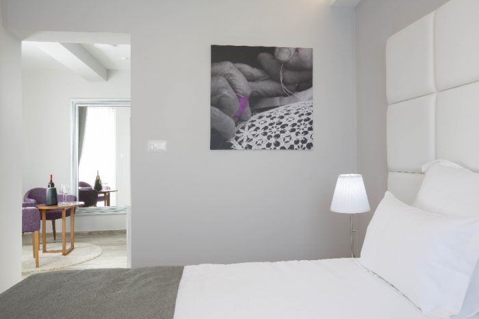 Kingsize bed - Superior Room Hotel Intermezzo Pag - Hotels in Pag